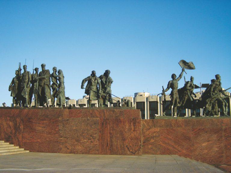 Автобусная экскурсия «Ленинград – город-герой»