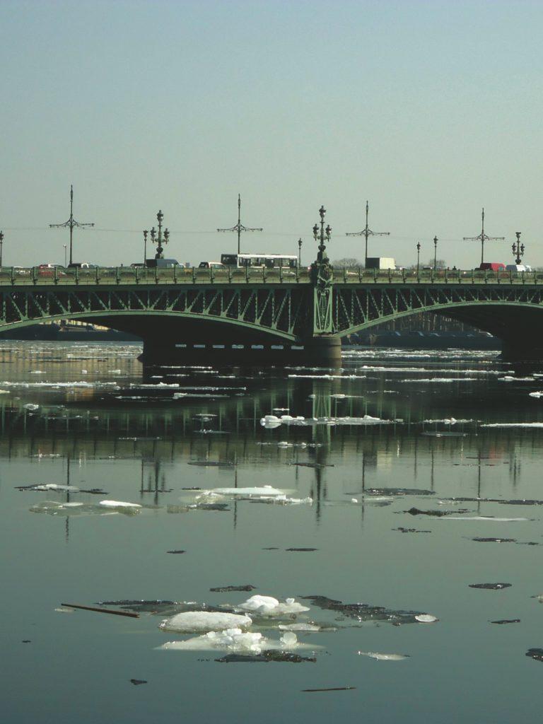 Автобусная экскурсия «Мосты повисли над водами»